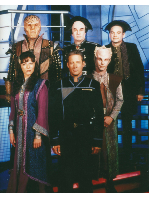 #010 Babylon 5 cast