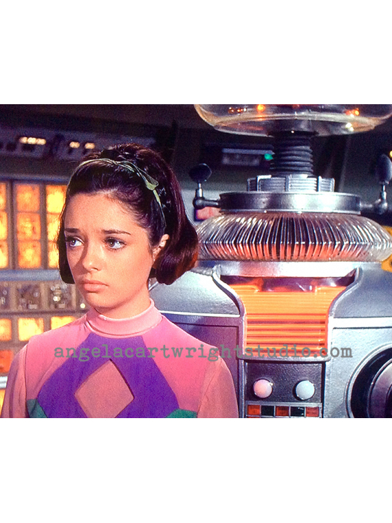 #114 Penny & B9 Robot-Lost In Space