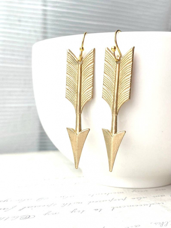Arrow earrings & art