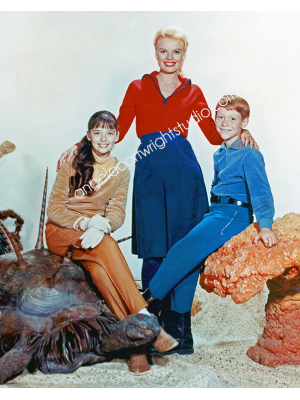 #46 Lost In Space Trio