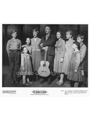 #58 On Stage-The Sound Of Music signed by Angela or 6 SOM cast members