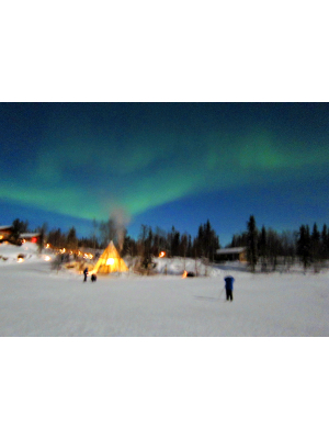 Hunting the aurora borealis in Aurora Village